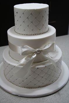 Bows & Bling wedding cake