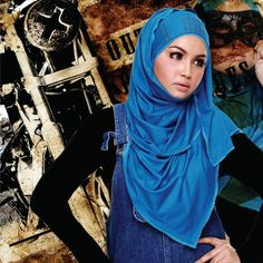TRENDY HEADSCARVES COMES WITH HANDMADE HIJABANDS