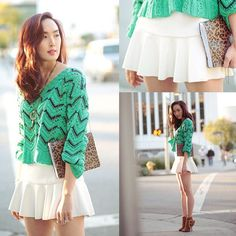 Fashion blogger @Chriselle Lim rocks out Mini Trumpet Skirt! Available now on the all-new dailylook.com. #dailylook #fashion #style #clothes #ootd #skirt #shop #blogger #fashionblogger - @DailyLook- #webstagram Trumpet Skirt, Green Sweater, Daily Look, Style Clothes, Blouse, Floral, Scary, Skirts, Rocks