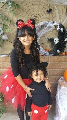 My daughter wanted to be be Minnie and my baby loves Mickey so why not do them matching costumes. It was perfect for Sister and brother. Mickey And Minnie Costumes, Mickey Mouse Halloween Costume, Sister Halloween Costumes, Baby Halloween, Baby Cosplay, Sibling Costume, Matching Costumes, Toddler Costumes, Costume Ideas