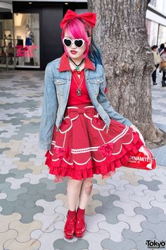 Lisa13 wearing a 1950s-inspired outfit with Angelic Pretty & Sexy Dynamite