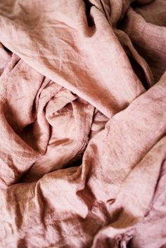Weekend In Pictures – Kara Rosenlund - Linen Sheets in this color! Dusty Pink, Dusty Rose, Blush Pink, Zara Home, Kara Rosenlund, Estilo Shabby Chic, Linen Duvet, Linen Fabric, Ruffle Bedding