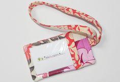 fabric luggage tags pattern | fat quarter friday {fabric luggage tag tutorial}