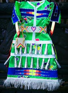 michelle reed jingle dress Native American Clothing, Native American Regalia, Dance Outfits, Dance Dresses, Girl Outfits, Clothing Patterns, Dress Patterns, Sewing Patterns, Jingle Dress Dancer