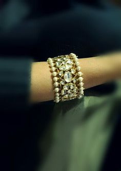 Best Diamond Bracelets : Nizam style kundan kada with pearls The Bangles, Diamond Bracelets, Bangle Bracelets, Kundan Bangles, Necklaces, Bracelets Design, Jewelry Design, Bling Bling, India Jewelry