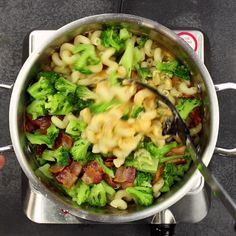 One pot bacon mac n cheese! Looks yummy