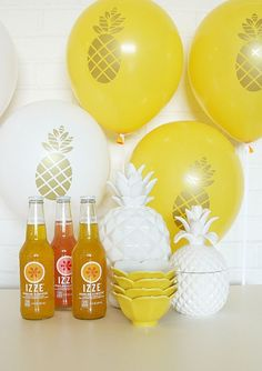 pineapple party balloons
