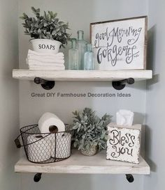 50 Awesome Industrial Farmhouse Design Ideas to Complement Your Home In 2019 – Googodecor - DiyCrafts Farmhouse Homes, Farmhouse Design, Industrial Farmhouse, Farmhouse Ideas, Modern Farmhouse, Rustic Modern, Diy Casa, Home Design, Floating Shelves