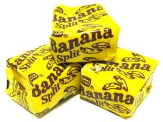 Fabulous banana flavors burst from these delectable Banana Splits candy squares!just one bite and all the sweet memories come rushing back. Retro Candy, Vintage Candy, Old School Candy, Cafeteria Food, Nostalgia, Penny Candy, Banana Bites, Chocolate Sweets, Banana Split