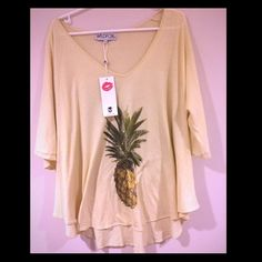 nwt - WILDFOX top super comfy/loose and flowy -- perfect with leggings!  high/low with quarter bell sleeves --- loose about neck and shoulders // perfect for summer-- this top can absolutely fit xs-medium because of its shape Wildfox Tops Blouses