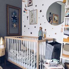 Dzień dobry! Słońce i do nas dotarło ☀️zapowiada się piękny dzień! Niech zatem taki będzie ✨ #czescweekend #sunnysaturday #sobota #babybedding #babystuff #babyroom #heico #walldecor #nurserydecor #nurseryroom #nurserydesign #dekornik #gwiazdki #homestyle #garboandfriends #vintagestuff #kacikniemowlaka #bedroom #sypialnia #kidsinspiration #hem #projektdzioopla #wearemokee #nothingbetter #kidsinterior #fabrykawafelkow #ameriyaposters #nurseryinspo