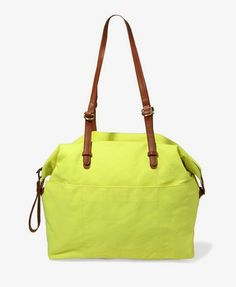 patch pocket Duffle bag. from forever 21. want this sooo bad. (i want it in noen pink not neon green).