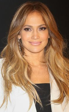 Tousled blowout alert: leave it to Jennifer Lopez to rock the perfect disheveled waves!