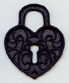 Stitch this pretty heart-shaped padlock on water-soluble stabilizer, then rinse away to leave just lace!