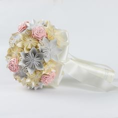 Buquê de noiva redondo - flor de Origami