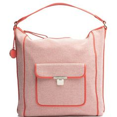 Coole Tasche in Orange und Weiß von Tommy Hilfiger. Ab 159,90 € ♥ Hier kaufen: http://stylefru.it/s36477