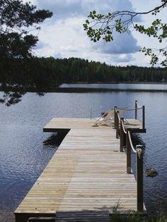 Lakeside Camping, Lakeside Living, Lakeside Cottage, Lake Cottage, Taste Of Nature, Weekend House, Lake Cabins, Boat Dock, New House Plans