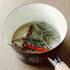 December 9th - make your home smelly festive and zen, even if you don't have a tree --- boil some pine, cinnamon and cloves http://www.theuglylittlegirl.com/calendar/#