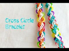 Rainbow Loom Bracelet: New Pattern Cross Circle tutorial by Rena T Rainbow Loom Bracelets Easy, Loom Band Bracelets, Rainbow Loom Tutorials, Rainbow Loom Patterns, Rainbow Loom Creations, Rainbow Loom Bands, Rainbow Loom Charms, Rainbow Loom Easy, Circle Rainbow