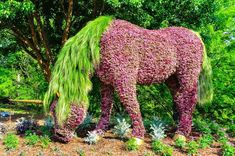 Topiary - green art of curly haircut Vegetable Garden Design, Garden Landscape Design, Landscape Art, Outdoor Topiary, Topiary Garden, Summer Garden, Lawn And Garden, Hydrangea Landscaping, Atlanta Botanical Garden