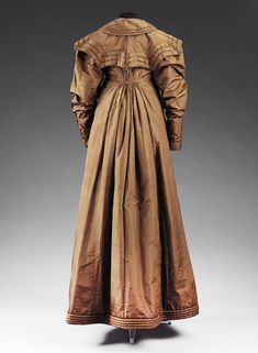 Pelisse brown silk taffeta Great Britain circa 1818 | V&A Search the Collections