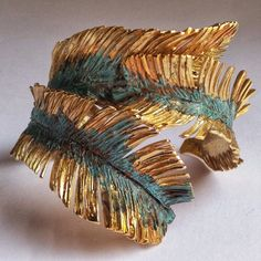 "Alicia Salcedo Gonzálvez on Instagram: ""Brazalete Vegueta, serie Phoenix Canariensis. Latón con baño de oro y pátina.  Esta pieza es un homenaje a la ciudad donde nací. Fue…"" Cuff Bracelets, Instagram, Jewelry, Gold Plating, Bangle, City, Jewlery, Jewels, Jewerly"