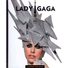Lady Gaga wears a lot of Philip Treacy hats to go with her quirky look. Lady Gaga, Mad Hatter, Philip Treacy Hats, Isabella Blow, Crazy Hats, Love Hat, Fashion Moda, Wild Fashion, Fashion Women