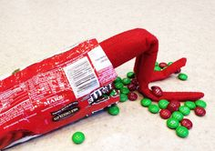 Funny ideas for Elf on the Shelf: snack attack