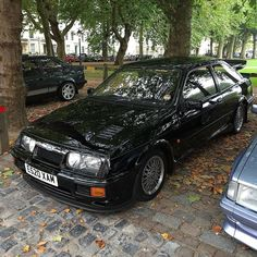 There was some fine Fords on display at Queens Square Bristol today. #ford #Sierra #rs #rsoc #rs500 #cosworth #rsdirect #rsdirectspecialistcars #bristol #queensquare #queensquaremeet