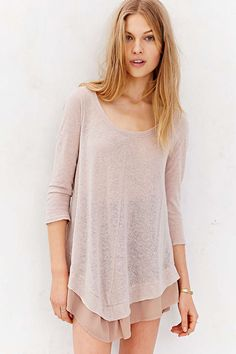 Kimchi Blue Buttons Down Her Back Tunic Top - Urban Outfitters