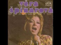 Věra Špinarová - Až za modrou horou (Happy Xmas /War Is Over/) - YouTube
