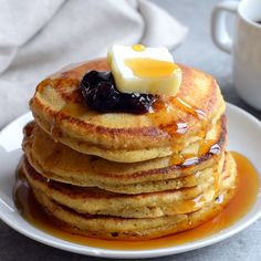 Breakfast is served! Shake up what pancakes you make this week and add these whole wheat cornmeal pancakes to the menu! They are easy, wholesome, and an excellent meal-prep recipe! Healthy Waffles, Healthy Banana Bread, Healthy Breakfast Smoothies, Healthy Protein, Cornmeal Pancakes, Pancakes And Waffles, Cornmeal Recipes, Whole Wheat Pancakes, Sweet Potato Hash