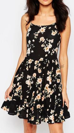 New Look Petite Floral Printed Cheesecloth Dress