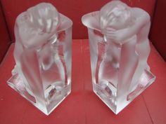 LALIQUE FRENCH GLASS PAIR OF BOOKENDS (SERRE LIVRE) +MANY OTHERS DESK ORNAMENTS