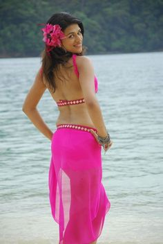 20 Hot & Sizzling Pics of Shraddha Das   Hottest South Indian Actresses