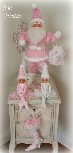 Pink Santa and elves that my mum and I created :)!!! Bebe'!!! Love The Pink Santa and Elves!!!