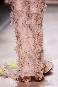 Valentino Spring 2010 Couture Fashion Show Details
