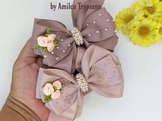 Handmade Hair Bows, Diy Hair Bows, Making Hair Bows, Ribbon Hair Bows, Diy Bow, Bow Hair Clips, Ribbon Flower, Hair Bow Tutorial, Fabric Flower Tutorial