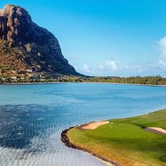 This amazing golf course is located in Paradis Beachcomber Golf Resort and Spa Famous Golf Courses, Public Golf Courses, St Andrews Golf, Augusta Golf, Coeur D Alene Resort, Golf Course Reviews, Golf Tips, Nice View, Photo Credit