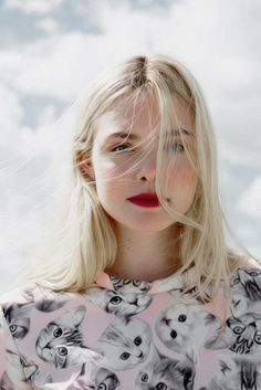 Immagine di Elle Fanning and blonde Pretty People, Beautiful People, Beauty Makeup, Hair Beauty, Dakota And Elle Fanning, Shirt Bluse, Mannequins, Pretty Face, Girl Crushes