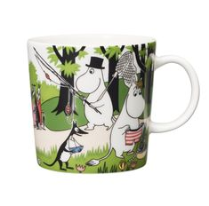 "Arabia's mug ""Going on vacation"" (Lähdetään lomalle) with elegant shape and kind motif from the Moomin world. Charming pottery from Finland. Moomin Mugs, Tove Jansson, Kitchenware, Tableware, Scandinavian Style, My Coffee, Finland, Sissi, Pottery"