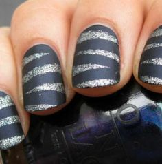#nails #design #shinny #gray