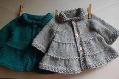 Tiered Baby Coat and Jacket by Frogginette Note: This is a full color printed pattern, not a pdf. How about knitting an adorable swingy little coat for the bab #babycoats