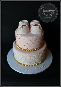 Baby Shower Cake- Love the booties!