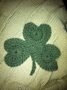 Nothing like a Crafty Shamrock Applique, Reusable Tote Bags, Crafty, Blanket, Knitting, Sewing, Crochet, Handmade, Decoration