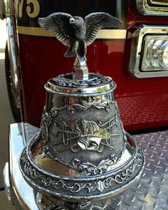 FEATURED POST @bobbyd1cat - Beautiful ornate bell on North Richland Hills Fire Engine . ___Want to be featured? _____ Use #chiefmiller in your post ... http://ift.tt/2aftxS9 . CHECK OUT! Facebook- chiefmiller1 Periscope -chief_miller Tumblr- chief-miller Twitter - chief_miller YouTube- chief miller . #firetruck #firedepartment #fireman #firefighters #ems #kcco #brotherhood #firefighting #paramedic #firehouse #rescue #firedept #workingfire #feuerwehr #brandweer #pompier #medic #ambulance…