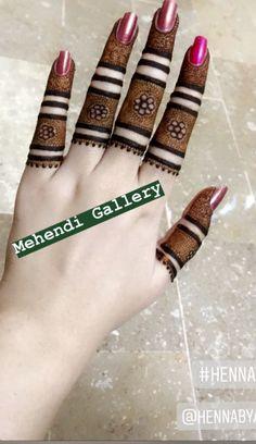 Simple Mehndi Designs Fingers, Latest Finger Mehndi Designs, Kashee's Mehndi Designs, Henna Tattoo Designs Simple, Back Hand Mehndi Designs, Stylish Mehndi Designs, Mehndi Designs For Beginners, Traditional Mehndi Designs, Fashion 2020