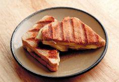 apple fig brie panini