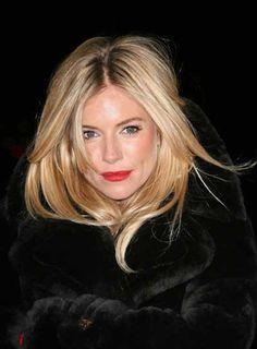 Bright lip, blonde hair.  Love this.