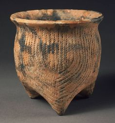 Zhou dynasty, ca. Thrown Pottery, Pottery Mugs, Ceramic Pottery, Ceramic Art, Korean Pottery, Pots, Ceramic Texture, Tile Crafts, Native American Artifacts